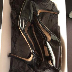 Manolo Blahnik Shoes - MANOLO BLAHNIK Albita black patent 38 slingback